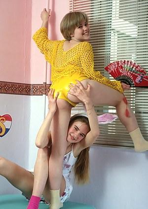 Lesbian Shorts Porn Pictures