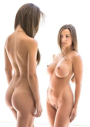 Lesbian Beauty Porn Pictures