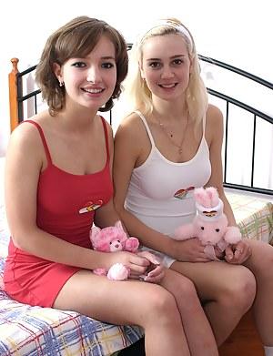 Lesbian Porn Pictures