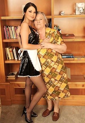 Lesbian Granny Porn Pictures